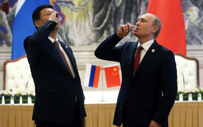 """Riserve auree, la Russia """"muscolare"""" sorpasserà la Cina """"silenziosa""""?"""