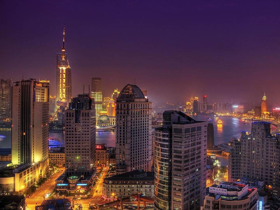 La dorata tigre d'Oriente ruggisce a Shanghai